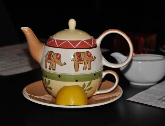 kashmír Debrecen, tea